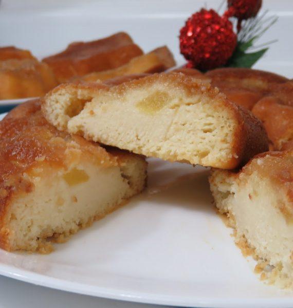 imagen de pastel de crema agria y manzana